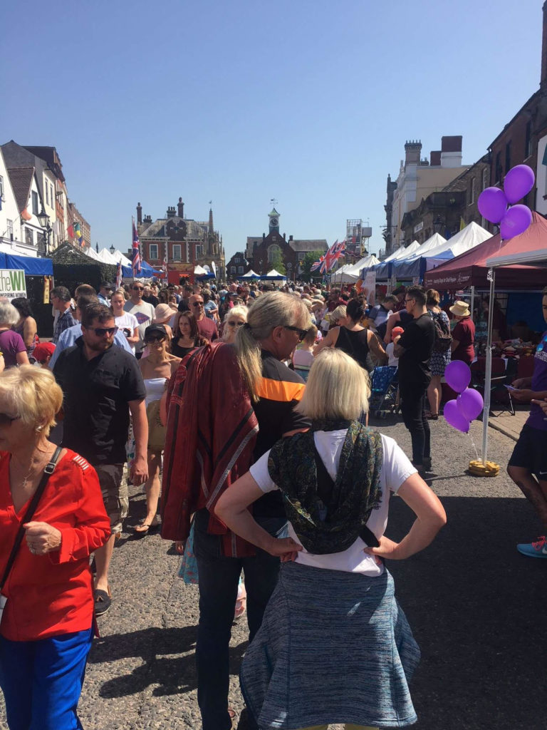 crowds at the Leighton Buzzard May Fair